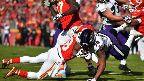 <p>               Baltimore Ravens running back Kenneth Dixon (30) scores a touchdown against Kansas City Chiefs safety Ron Parker (38) during the first half of an NFL football game in Kansas City, Mo., Sunday, Dec. 9, 2018. (AP Photo/Ed Zurga)             </p>