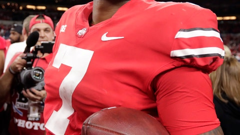 <p>               Ohio State quarterback Dwayne Haskins (7) celebrates after defeating Northwestern 45-24 in the Big Ten championship NCAA college football game, early Saturday, Dec. 1, 2018, in Indianapolis. (AP Photo/Michael Conroy)             </p>