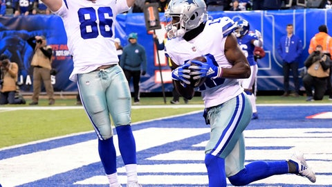<p>               Dallas Cowboys' Michael Gallup, right, catches a two-point conversion during the second half of an NFL football game against the New York Giants, Sunday, Dec. 30, 2018, in East Rutherford, N.J. (AP Photo/Bill Kostroun)             </p>