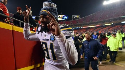 <p>               Los Angeles Chargers wide receiver Mike Williams (81) gestures as he leaves the field following an NFL football game against the Kansas City Chiefs in Kansas City, Mo., Thursday, Dec. 13, 2018. The Los Angeles Chargers won 29-28. (AP Photo/Ed Zurga)             </p>