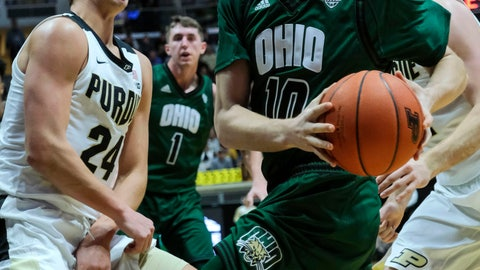 <p>               Ohio guard Connor Murrell (10) moves to the lane as Purdue forward Grady Eifert (24) defends during the first half of an NCAA college basketball game in West Lafayette, Ind., Thursday, Dec. 20, 2018. (AP Photo/AJ Mast)             </p>