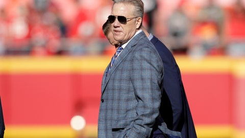 <p>               FILE - In this Sunday, Oct. 28, 2018, file photo,  John Elway, general manager and president of football operations of the Denver Broncos, follows warm ups before an NFL football game against the Kansas City Chiefs in Kansas City, Mo.  The Broncos play the San Francisco 49ers Sunday in the latest chapter of the friendly feud between the two superstars-turned-GMs whose paths have crossed throughout their careers, both on the football field and the front office. (AP Photo/Orlin Wagner)             </p>