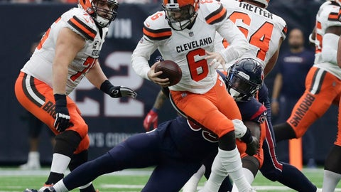<p>               Cleveland Browns quarterback Baker Mayfield (6) is pressured by Houston Texans outside linebacker Whitney Mercilus (59) during the second half of an NFL football game, Sunday, Dec. 2, 2018, in Houston. (AP Photo/Sam Craft)             </p>
