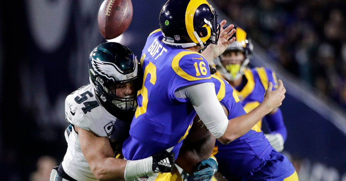 8f1a1b9a91f Back in the game: Foles leads Eagles past Rams 30-23 | FOX Sports