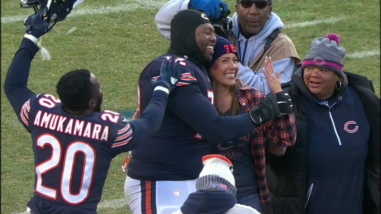 sale retailer 4e5e8 c067a Bears OT Charles Leno Jr. proposed on the field after Chicago's win over  the Packers