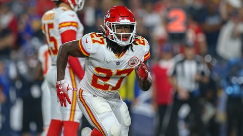 LOS ANGELES, - NOVEMBER 19: Kansas City Chiefs running back Kareem Hunt (27) running in motion during a NFL game between the Kansas City Chiefs and the Los Angeles Rams on November 19, 2018 at the Los Angeles Memorial Coliseum in Los Angeles, CA. (Photo by Jordon Kelly/Icon Sportswire via Getty Images)