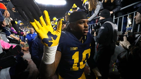 <p>               FILE - In this Nov. 17, 2018, file photo, Michigan linebacker Devin Bush (10) walks to the locker room after an NCAA college football game against Indiana, in Ann Arbor, Mich. Devin Bush is skipping his senior season and entering the NFL draft. Bush announced his decision Wednesday, Dec. 19, 2018, on Twitter and Instagram. (AP Photo/Paul Sancya, File)             </p>