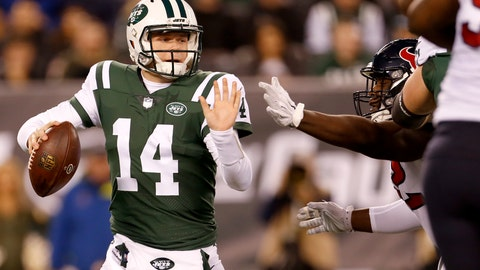 <p>               New York Jets quarterback Sam Darnold (14) tries to avoid a sack from Houston Texans nose tackle Brandon Dunn during the first half of an NFL football game, Saturday, Dec. 15, 2018, in East Rutherford, N.J. (AP Photo/Adam Hunger)             </p>