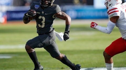 <p>               Army running back Jordan Asberry (3) rushes the ball against Houston during the first half of Armed Forces Bowl NCAA college football game Saturday, Dec. 22, 2018, in Fort Worth, Texas. (AP Photo/Jim Cowsert)             </p>