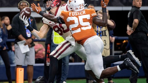 <p>               Oklahoma tight end Grant Calcaterra (80) hauls in a one-handed touchdown catch in front of Texas defensive back B.J. Foster (25) during the second half of the Big 12 Conference championship NCAA college football game on Saturday, Dec. 1, 2018, in Arlington, Texas. Calcaterra's touchdown sealed Oklahoma's 39-27 win. (AP Photo/Jeffrey McWhorter)             </p>