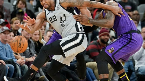 <p>               San Antonio Spurs' Rudy Gay (22) fights for the ball against Los Angeles Lakers' LeBron James, right, and JaVale McGee during the first half of an NBA basketball game Friday, Dec. 7, 2018, in San Antonio. (AP Photo/Darren Abate)             </p>