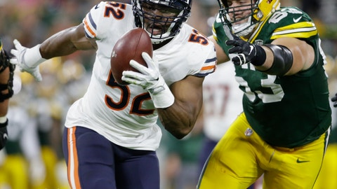 <p>               FILE - In this Sunday, Sept. 9, 2018, file photo, Chicago Bears' Khalil Mack (52) intercepts a pass and returns it for a touchdown as Green Bay Packers' Corey Linsley (63) gives chase during the first half of an NFL football game in Green Bay, Wis. On Sunday, Dec. 23, the Bears face the San Francisco 49ers, another team who wanted Mack when he was on the trading block from Oakland. (AP Photo/Jeffrey Phelps, File)             </p>