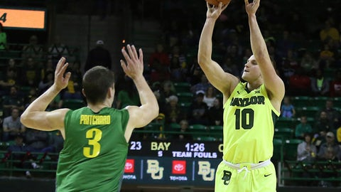 <p>               Baylor guard Makai Mason (10) shots a three-point basket over Oregon guard Payton Pritchard (3) in the first half of an NCAA college basketball game Friday, Dec. 21, 2018, in Waco, Texas. (Jerry Larson/Waco Tribune Herald, via AP)             </p>