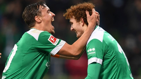 <p>               Werder Bremen's Josh Sargent, right, celebrates with Max Kruse after scoring a goal against Fortuna Duesseldorf during a Bundesliga soccer match, Friday, Dec. 7, 2018, in Bremen, Germany. Werder Bremen on 3-1. (Carmen Jaspersen/dpa via AP)             </p>