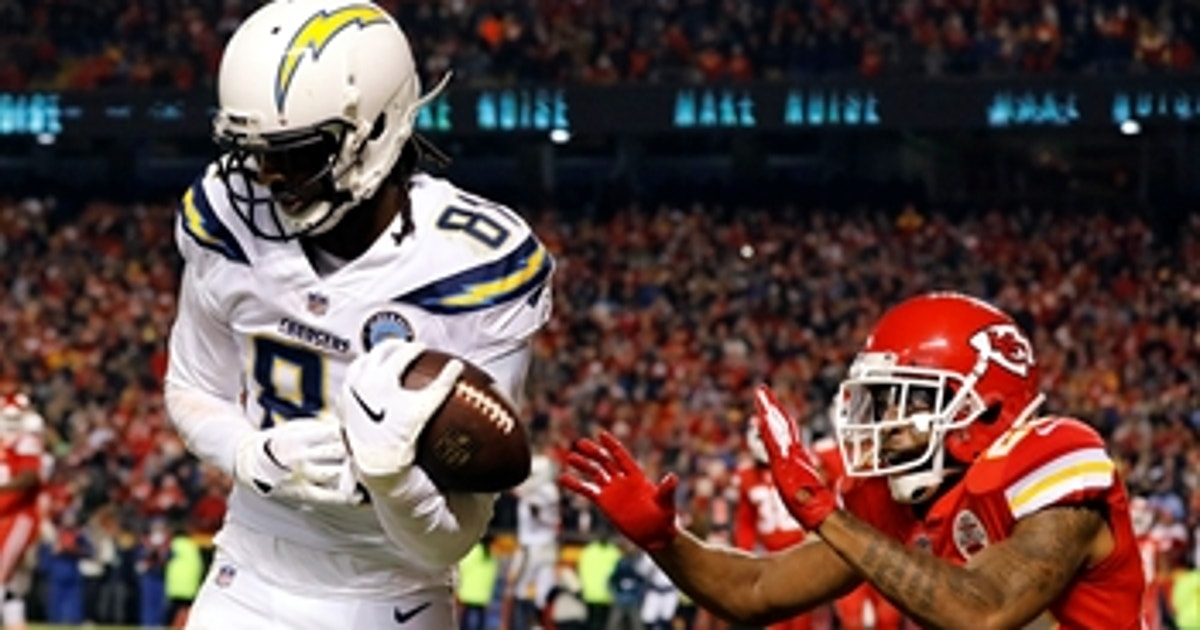 bd12a512ea1 The Chargers pull off a game-winning 2-point conversion with 4 seconds left  on the clock | FOX Sports
