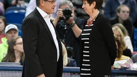 <p>               FILE - In this Dec. 3, 2017, file photo, Connecticut head coach Geno Auriemma, left, talks with Notre Dame head coach Muffet McGraw before an NCAA college basketball game in Hartford, Conn. Even as Pat Summitt and Tennessee were playing the main foil to Auriemma's Huskies in the late 1990s and early 2000s, McGraw's Irish were right there too, playing memorable games with their former Big East rival. (AP Photo/Jessica Hill, File)             </p>
