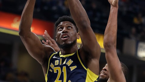 <p>               Indiana Pacers' Thaddeus Young (21) puts up a shot against Cleveland Cavaliers' Rodney Hood during the first half of an NBA basketball game, Tuesday, Dec. 18, 2018, in Indianapolis. (AP Photo/Darron Cummings)             </p>