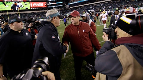 <p>               Philadelphia Eagles' Doug Pederson, left, and Washington Redskins' Jay Gruden meet after an NFL football game, Monday, Dec. 3, 2018, in Philadelphia. Philadelphia won 28-13. (AP Photo/Matt Rourke)             </p>