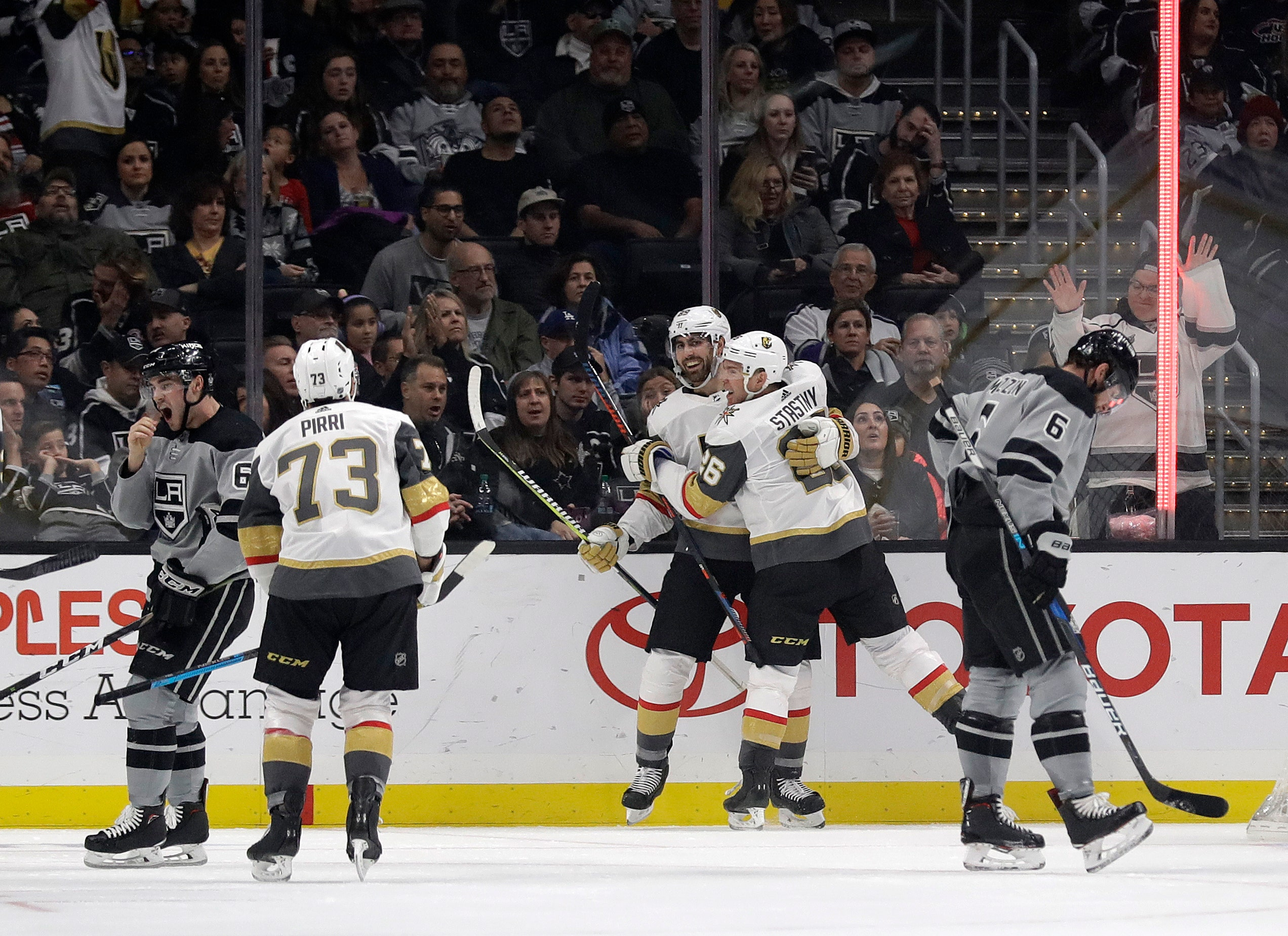 Golden Knights Get 4 1 Win To End Kings Streak Fox Sports