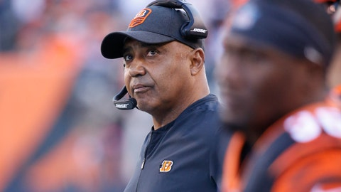 <p>               Cincinnati Bengals head coach Marvin Lewis works the sidelines in the first half of an NFL football game against the Denver Broncos, Sunday, Dec. 2, 2018, in Cincinnati. (AP Photo/Frank Victores)             </p>