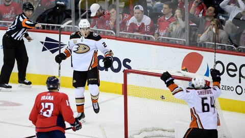 <p>               Anaheim Ducks left wing Pontus Aberg (20),, of Sweden, celebrates his goal with Anaheim Ducks right wing Kiefer Sherwood (64) during third period of an NHL hockey game as Washington Capitals left wing Jakub Vrana (13), of the Czech Republic, skates by Sunday, Dec. 2, 2018, in Washington. This was the to be the game-winning goal and his second of the game. The Ducks won 6-5. (AP Photo/Nick Wass)             </p>