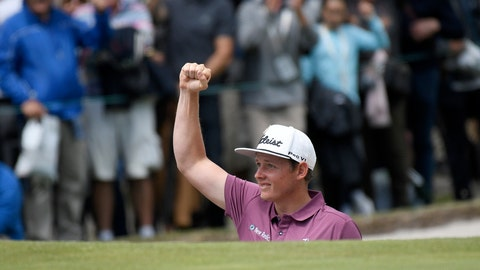 <p>               Australia's Cameron Smith reacts after hitting out of a bunker during the World Cup of Golf in Melbourne, Australia, Sunday, Nov. 25, 2018. (AP Photo/Andy Brownbill)             </p>