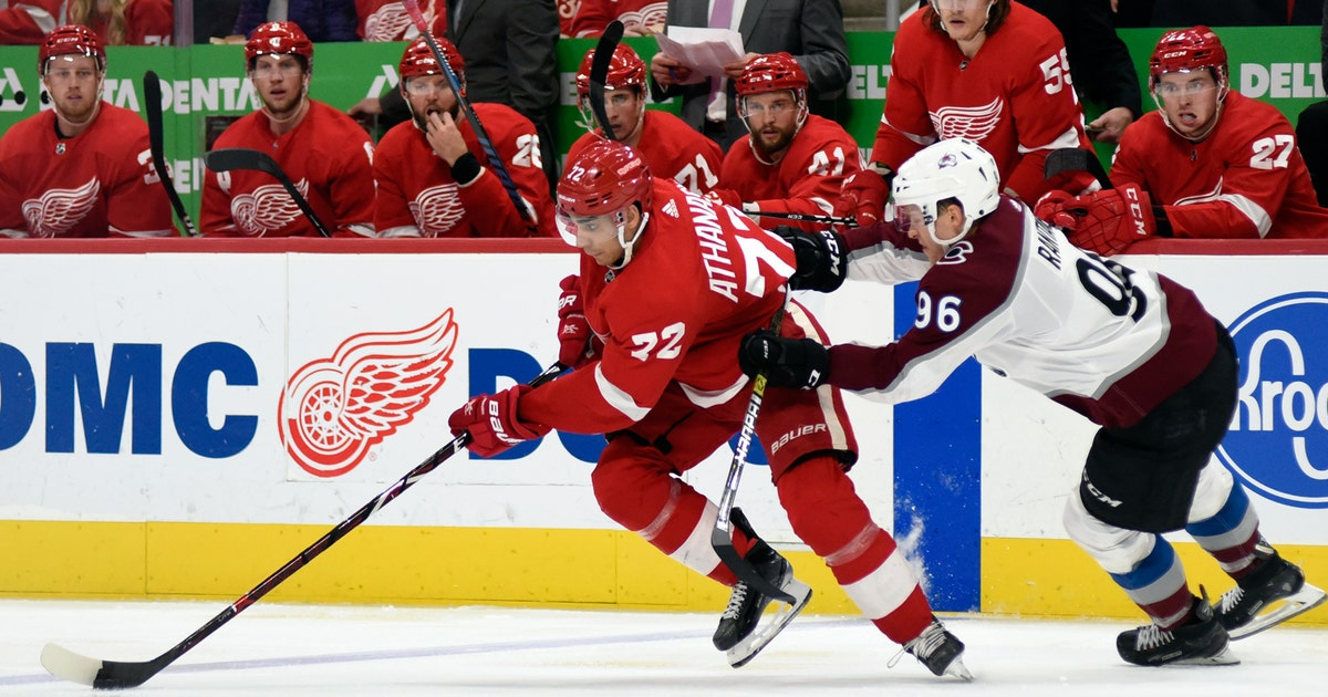 Red Wings Drop Feisty Physical Game To Avalanche 2 0