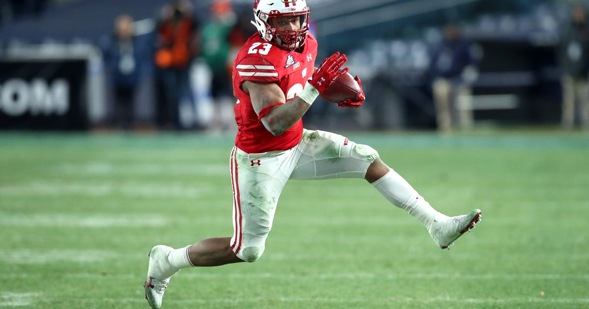 Badgers open at No. 19 overall in initial AP top-25 poll