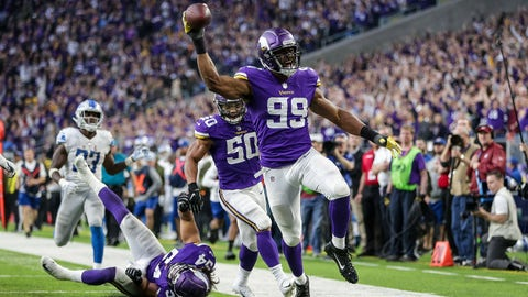 Nov 4, 2018; Minneapolis, MN, USA; Minnesota Vikings defensive end Danielle Hunter (99) returns a fumble for a touchdown during the fourth quarter against the Minnesota Vikings at U.S. Bank Stadium. Mandatory Credit: Brace Hemmelgarn-USA TODAY Sports