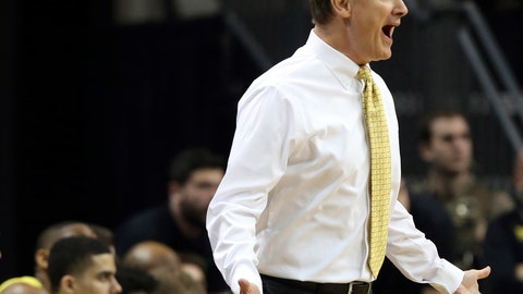 <p>               FILE - In this Jan. 13, 2019, file photo, Oregon head men's basketball coach Dana Altman calls to his team during the first half of an NCAA college basketball game against Southern California,in Eugene, Ore. The once-proud Oregon Ducks have fallen to 2-3 in Pac-12 play and eighth in the conference standings, and their shot at making the NCAA Tournament field seems to be rapidly  slipping away. But they could boost their season on Thursday with a victory over Washington, the last undefeated league team at 5-0. (AP Photo/Chris Pietsch, File)             </p>