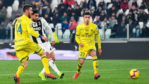 <p>               Juventus' Emre Can, left, scores to take teh score to 2-0 against AC Chievo Verona, during their Italian Serie A soccer match Juventus FC vs AC Chievo Verona at Allianz stadium in Turin, Italy, Monday Jan. 21, 2019. (Alessandro Di Marco/ANSA via AP)             </p>
