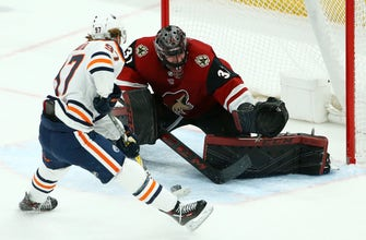 McDavid scores twice as Oilers top Coyotes 3-1 to stop skid