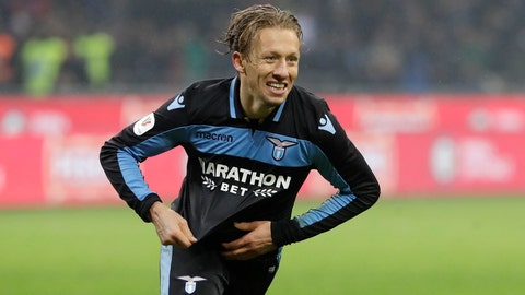 <p>               Lazio's Lucas Leiva celebrates after scoring the decisive penalty during an Italian Cup quarterfinal soccer match between Inter Milan and Lazio at the San Siro stadium, in Milan, Italy, Thursday, Jan. 31, 2019. Lazio won 5-4 following a shootout. (AP Photo/Luca Bruno)             </p>