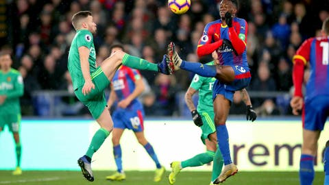 <p>               Watford's Tom Cleverley, left, and Crystal Palace's Aaron Wan-Bissaka battle for the ball during the English Premier League soccer match between Crystal Palace and Watford Town at the Selhurst Park stadium, London. Saturday, Jan. 12, 2019 (John Walton/PA via AP)             </p>