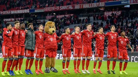 <p>               From left, Serge Gnabry, Leon Goretzka, Alphonso Davies, Kingsley Coman, James Rodriguez, Thiago, Joshua Kimmich, Niklas S'le, Robert Lewandowski, Mats Hummels and David Alaba line up ahead of their German Bundsliga soccer match between Bayern Munich and VfB Stuttgart in Munich, Germany, Sunday, Jan. 27, 2019. (Matthias Balk/dpa via AP)             </p>