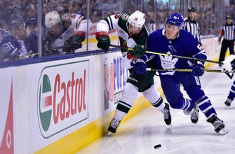 Zach Parise breaks tie, Wild edge Maple Leafs 4-3