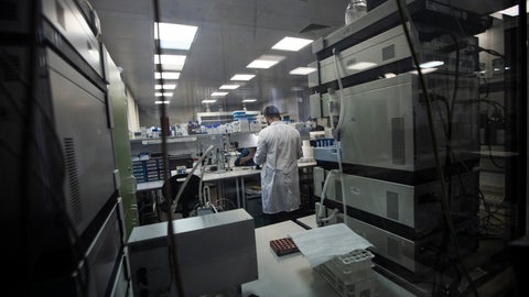 <p>               In this photo taken on Tuesday, May 24, 2016, Employees work in Russia's national drug-testing laboratory in Moscow, Russia . World Anti-Doping Agency experts have started the process of copying data from a Moscow laboratory that could implicate numerous Russian athletes in past drug cases. (AP Photo/Alexander Zemlianichenko)             </p>