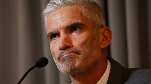 <p>               Former Australian soccer national team member Craig Foster talks to journalists at The Foreign Correspondents' Club of Thailand after meeting detained refugee Hakeem al-Araibi in Bangkok, Thailand, Friday, Jan. 25, 2019. FIFA has written to the Thai prime minister calling for the release of a Bahraini refugee soccer player who is in detention while embroiled in an extradition case. (AP Photo/Sakchai Lalit)             </p>