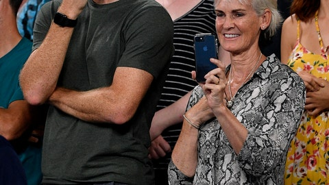 <p>               Jamie and Judy Murray watch a presentation for Britain's Andy Murray following his first round loss to Spain's Roberto Bautista Agut at the Australian Open tennis championships in Melbourne, Australia, Monday, Jan. 14, 2019. (AP Photo/Andy Brownbill)             </p>
