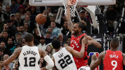<p>               Toronto Raptors forward Kawhi Leonard (2) reacts as he loses control of the ball while trying to score against the San Antonio Spurs during the second half of an NBA basketball game Thursday, Jan. 3, 2019, in San Antonio. (AP Photo/Eric Gay)             </p>