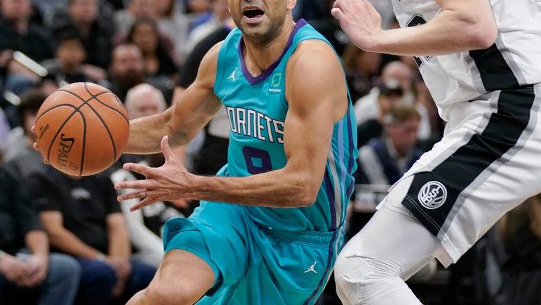 Parker has triumphant return as Hornets down Spurs, 108-93