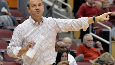 <p>               FILE - In this Sunday, Dec. 2, 2018. file photo, Louisville head coach Jeff Walz instructs his team during the second half of an NCAA college basketball game against Tennessee State in Louisville, Ky. No. 2 Louisville looks to make women's program history if the Cardinals can continue to recent mastery of top-ranked Notre Dame. The unbeaten Cardinals can achieve their first-ever top ranking by running the table this week against the defending champion Irish and Georgia Tech. It would be the next step toward their bigger goal this season: winning the national championship. (AP Photo/Timothy D. Easley, File)             </p>