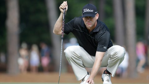 <p>               FILE - In this June 13, 2014, file photo, Chris Thompson lines up a putts on the 12th hole during the second round of the U.S. Open golf tournament in Pinehurst, N.C. The Sony Open really is paradise for Thompson, who could have swam to Hawaii faster than it took him to reach the PGA Tour. He turned pro in 1999. Twenty years later, he finally is teeing it up along with the elite in golf. (AP Photo/David Goldman, File)             </p>
