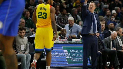 <p>               Milwaukee Bucks head coach Mike Budenholzer, right, yells from the sideline during the second half of an NBA basketball game against the Dallas Mavericks, Monday, Jan. 21, 2019, in Milwaukee. (AP Photo/Aaron Gash)             </p>
