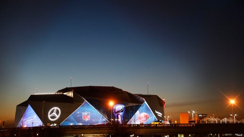 <p>               The sun sets behind Mercedes-Benz Stadium ahead of Sunday's NFL Super Bowl 53 football game between the Los Angeles Rams and New England Patriots in Atlanta, Wednesday, Jan. 30, 2019. (AP Photo/David Goldman)             </p>