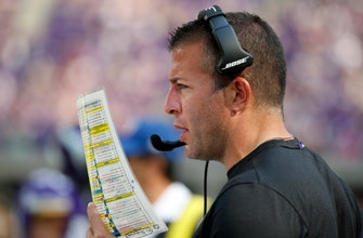 Jaguars hire DeFilippo as OC, fill remaining staff positions