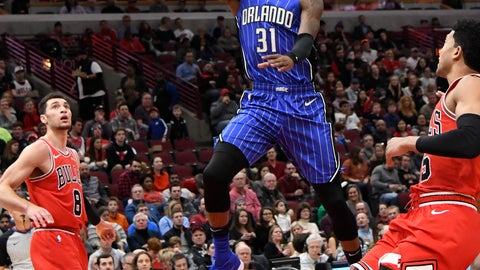 <p>               Orlando Magic guard Terrence Ross (31) goes to the basket as Chicago Bulls guard Zach LaVine (8) stands nearby during the first half of an NBA basketball game Wednesday, Jan. 2, 2019 in Chicago. (AP Photo/David Banks)             </p>