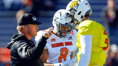 <p>               North head coach Jon Gruden of the Oakland Raiders talks with North quarterback Drew Lock of Missouri (3) during practice for Saturday's Senior Bowl NCAA college football game, Thursday, Jan. 24, 2019, in Mobile, Ala. (AP Photo/Butch Dill)             </p>