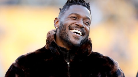 <p>               Pittsburgh Steelers wide receiver Antonio Brown stands along the sideline in street clothes before an NFL football game against the Cincinnati Bengals, Sunday, Dec. 30, 2018, in Pittsburgh. (AP Photo/Don Wright)             </p>