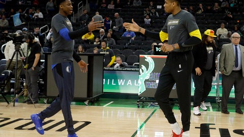<p>               Milwaukee Bucks' Giannis Antetokounmpo, right, and Dallas Mavericks' Kostas Antetokounmpo, left, greet at midcourt before an NBA basketball game Monday, Jan. 21, 2019, in Milwaukee. (AP Photo/Aaron Gash)             </p>